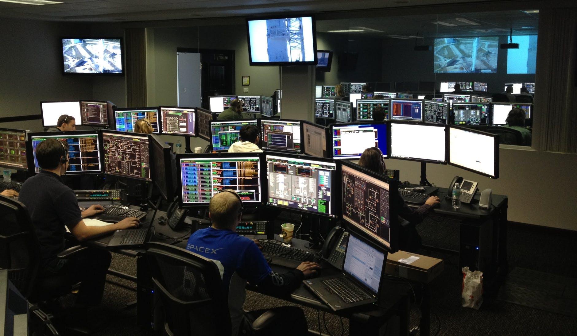 Control room - humanfactors101.com