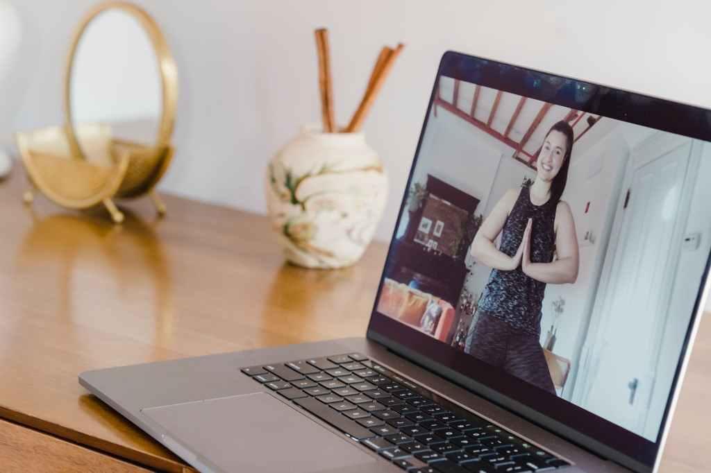 Online yoga - humanfactors101.com